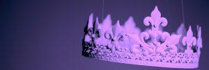 Lila krona som hänger i trådar